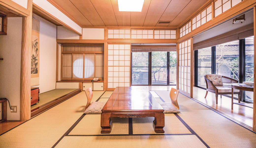 Staying In A Ryokan Has Become Really Por Among Foregin Visitors Because Offers Good Old Traditional Ambience Stay To Submerge